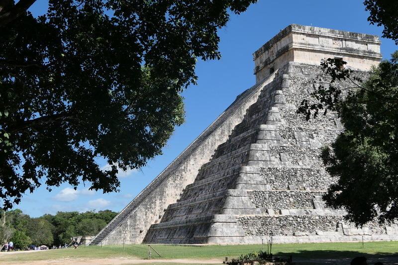 El Castillo of Chichén-Itzá