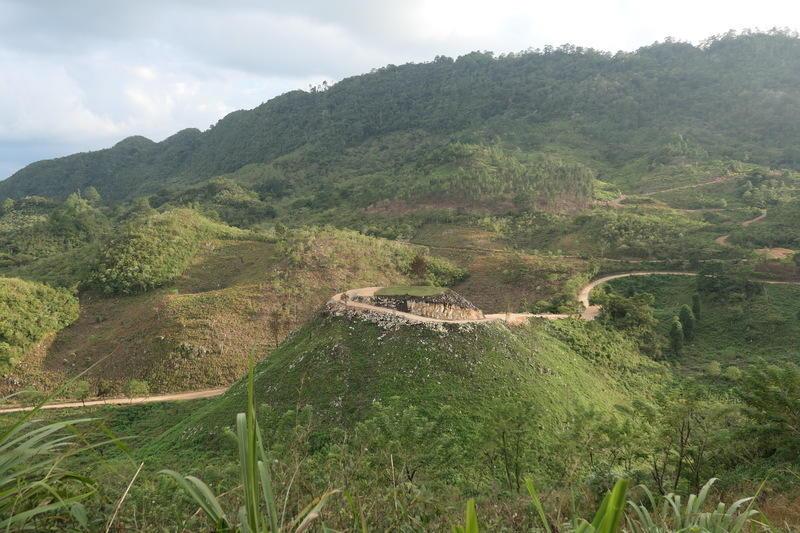 The road to Langquín