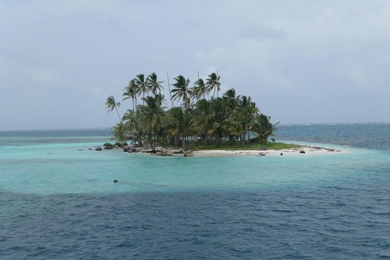 A tiny San Blas island